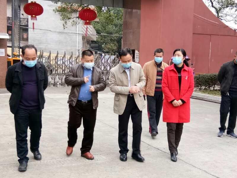 县委书记到兴安中学调研指导新冠疫情防控工作及学校开学准备工作