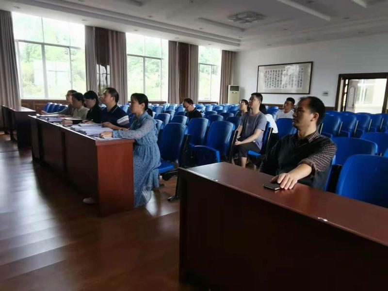 兴安中学成功举办2020年校级课题结题鉴定会